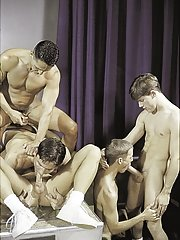 Vince Bandero::Cameron Fox::Nick Steel::Jeremy Jordan::Travis Wade in Man-lover XXX View