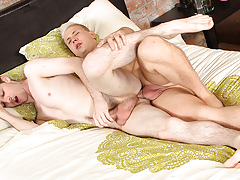 Edwin Gets It Good And Deep - Deacon Hunter And Edwin Sykes