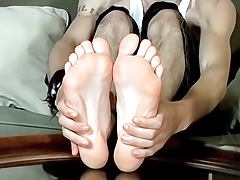A Knob Rubbing Foot Show - Axel