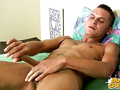 Jayce is back to rub oil on his Knob