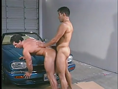 Gay muscle boys have hot anal in garage in 5 clip