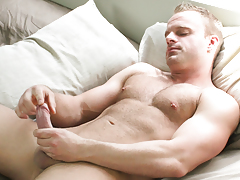 Horny Jimmy Dube's First Time on Livecam