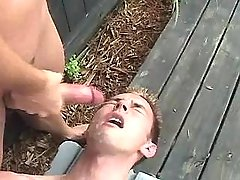 Untamed twink jizzes and eats jism outdoor