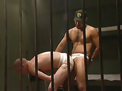 Black hairy guard humps poor prisoner