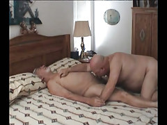 Old gay guy sucking cock in sofa