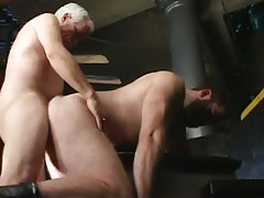 Old gay fucks hairy companion in doggy style