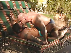 Mature muscle gays kiss every other outdoor