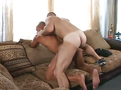 Unshaved homo drills latin homo in doggy style