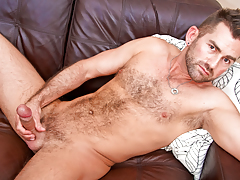hot unshaved bear wanks his thick tasty cock until he cums